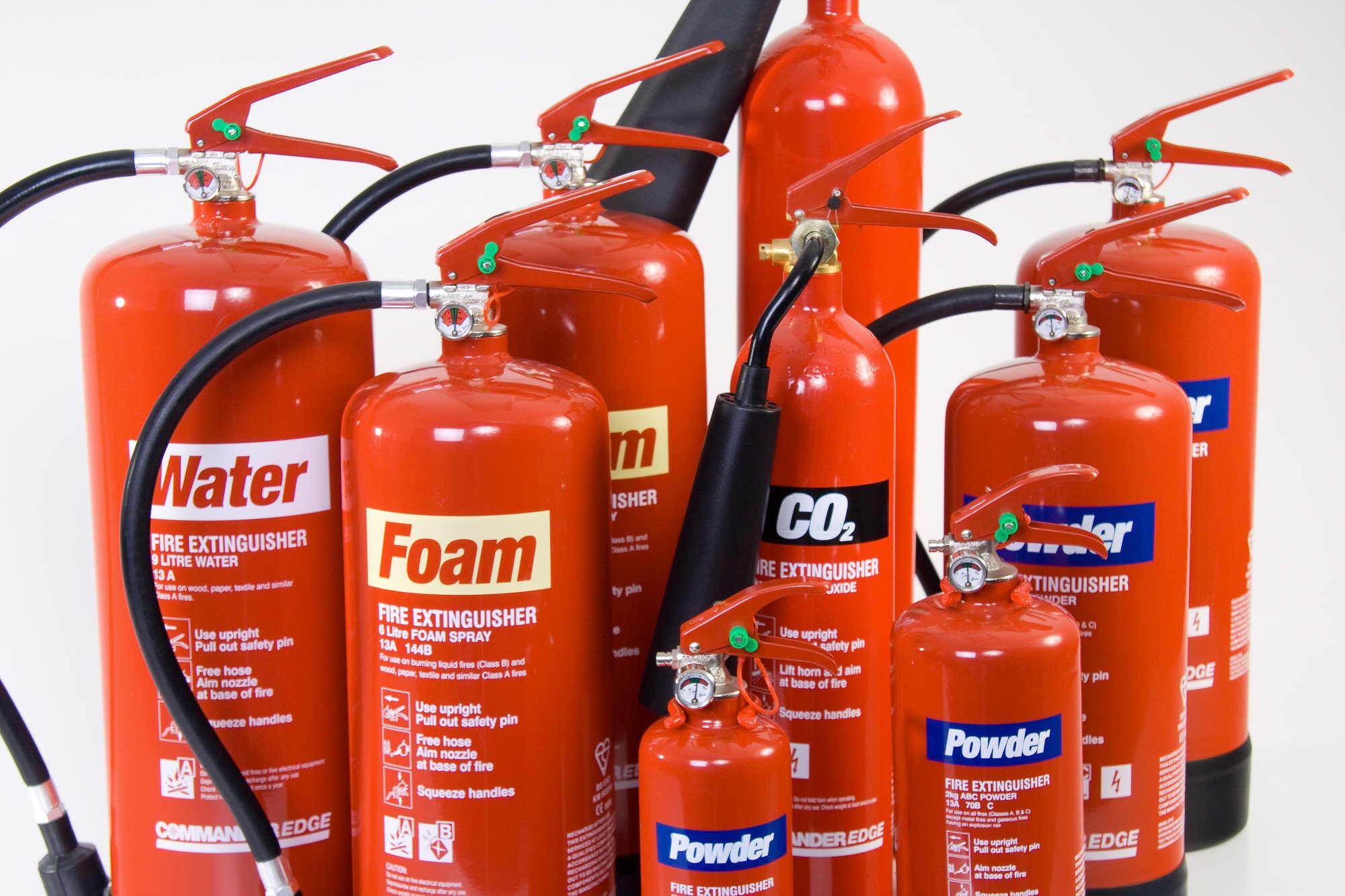 extinguisher-group-Πυροσβεστήρες